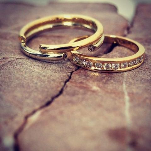 Alliances mariage diamants - 57 Facettes.